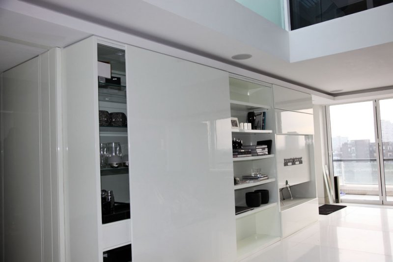 White Gloss Finish TV unit with Sliding Doors by SJL