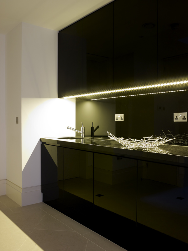 Black Gloss Finished Kitchenette by SJL