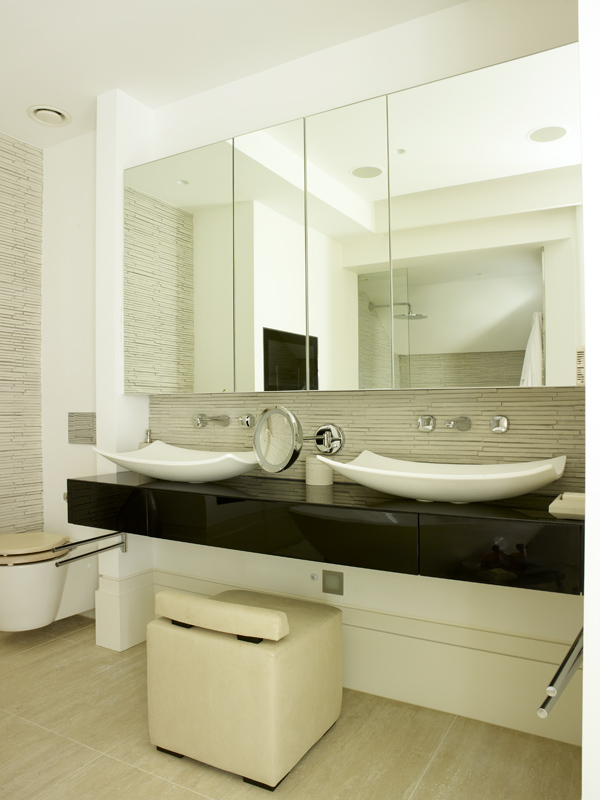 Polished Black Gloss Vanity and Mirrored wall cabinet by SJL